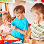Учим детей вырезать: аппликации на космическую тему (фото и видео инструкция)