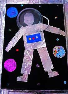 Поделка космонавта из фольги