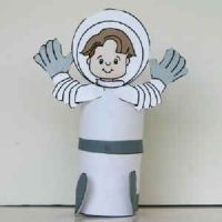 Поделка космонавта