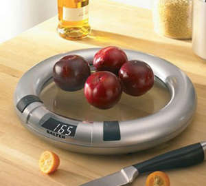 Apples on scales