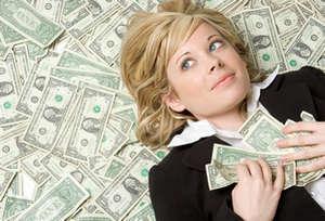 Девушка и много денег