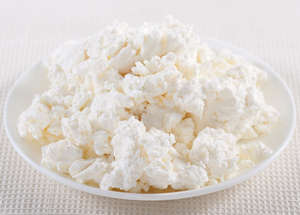 Cottage cheese on a plate