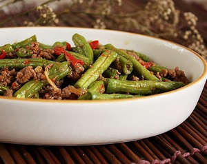Beans with meat in the plate