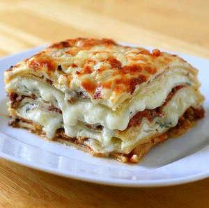 рецепт лазаньи с соусом болоньезе и бешамель