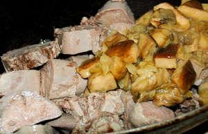 Свиной язык с грибами