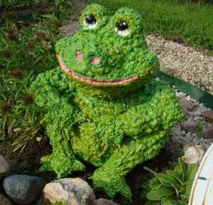 Frog made of polyurethane foam