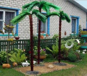 Palms from plastic bottles