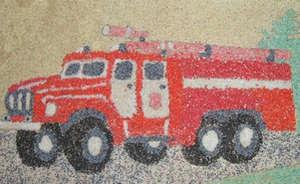 Пожарная машина из крупы