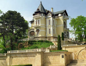 One of the estates in Kislovodsk