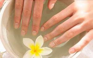 Ногти в ванночке