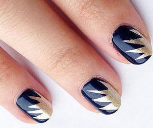Manicure with stencil