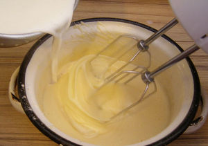Whisk the yolks