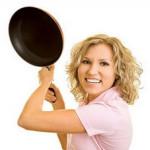 5 способов, как в домашних условиях удалить нагар со сковороды
