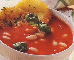 Тарелка фасолевого супа