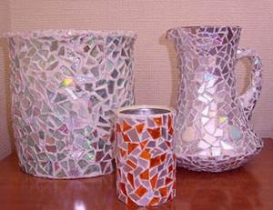 Розовые вазы из кусочков диска