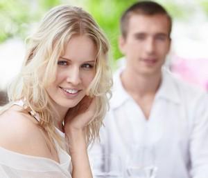 как заинтересовать мужчину по смс при знакомстве