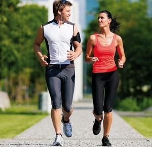 Man and woman on a morning run
