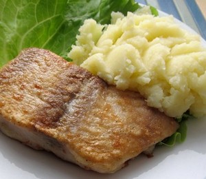 Fish battered with mashed potatoes