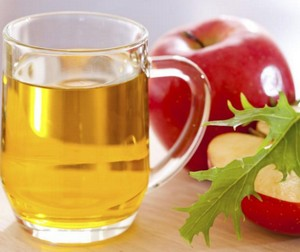 Infusion of apple cider vinegar and honey