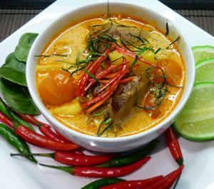 Тайский остро-кислый суп