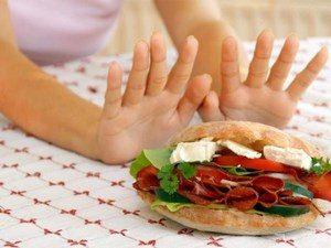 Girl refuses burger