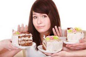 Girl refuses cake