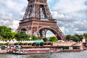 paris hotels with a view to the eiffel tower